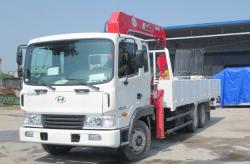 Xe cẩu 5 tấn 4 đốt Hyundai HD210